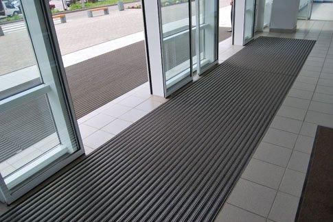 Алюминиевые грязезащитные решетки